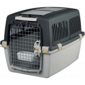 Transport boxes for cats